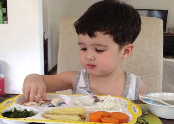 7 lời khuyên bổ ích cho mẹ khi trẻ biếng ăn