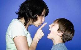 Cha mẹ phải làm gì khi trẻ không biết lễ phép?