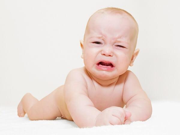 Vi khuẩn có hại trong đường ruột là nguyên nhân khiến trẻ bị đầy bụng, khó tiêu