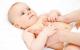 Massage chữa trẻ sơ sinh bị đầy bụng
