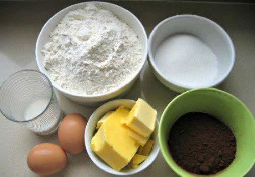 cách làm bánh su kem - chuẩn bị nguyên liệu đầy đủ