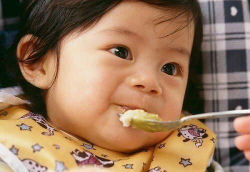 chăm sóc trẻ bị rối loạn tiêu hóa