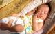 Cách tắm nắng cho trẻ sơ sinh đúng nhất mẹ nên biết
