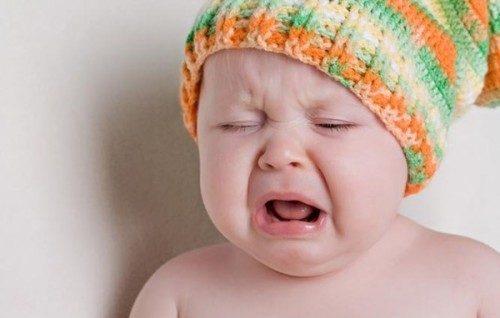 trẻ bị rối loạn tiêu hóa