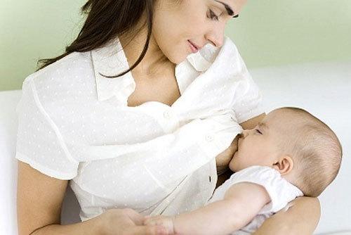 Mách mẹ chế độ dinh dưỡng tốt nhất khi trẻ bị tiêu chảy