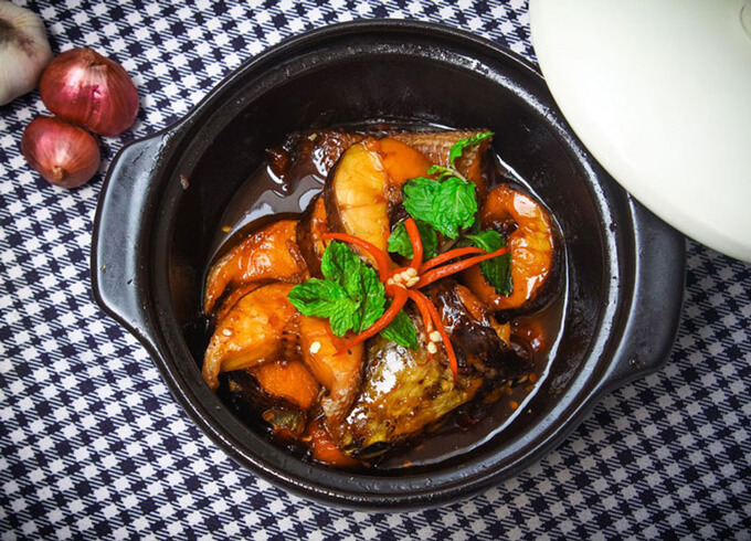 Cách làm món cá lóc kho tộ thịt ba chỉ