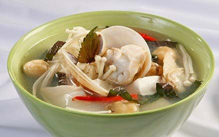 Món canh ngao đậu phụ nấu với nấm kim châm thơm ngon hấp dẫn