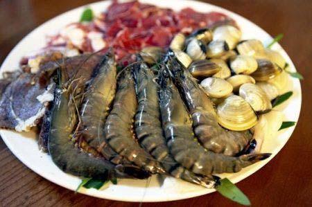 lẩu thập cẩm hải sản