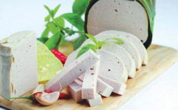 Cách làm chả lụa thịt heo ngon và giòn tại nhà dành cho ngày tết