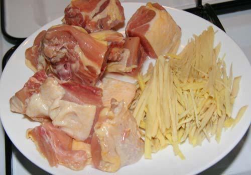 thịt gà và gừng