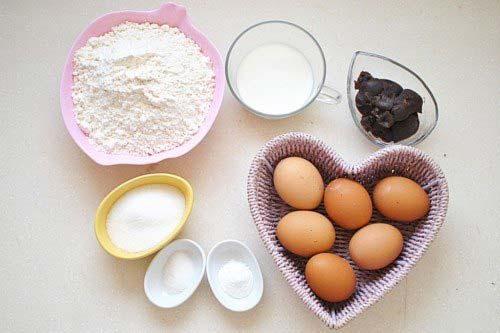 Nguyên liệu cần để làm bánh rán Doraemon