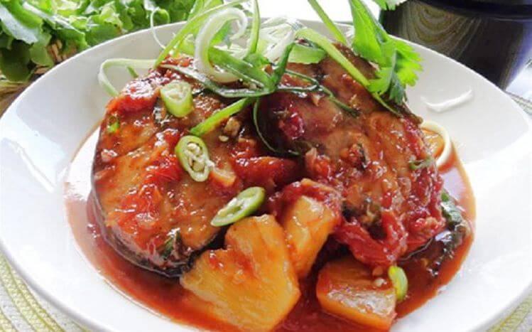 Cách làm cá ngừ kho thơm nước dừa