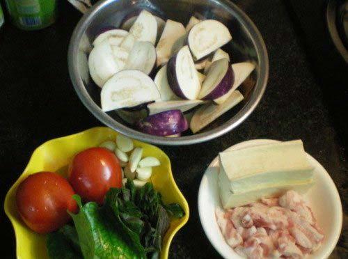 Nguyên liệu nấu canh cà tím