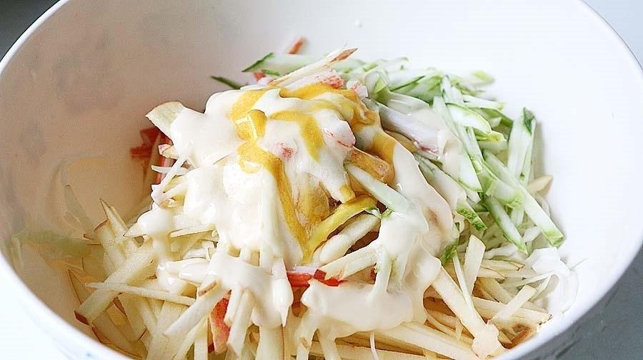 Salad bắp cải chua giòn