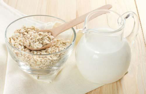 Sữa và yến mạch
