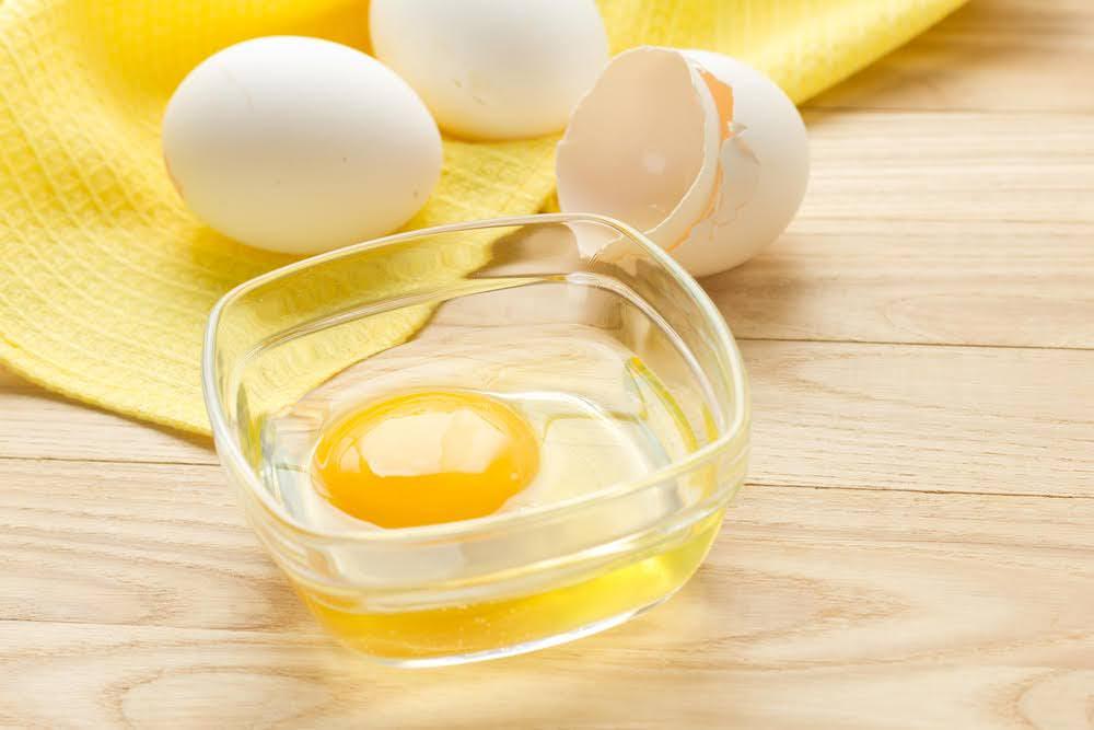 mặt nạ dưỡng da từ trứng gà