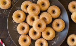 Cách làm bánh donut đơn giản tại nhà không cần lò nướng