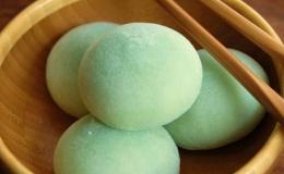 Cách làm bánh mochi trà xanh nhân kem chuẩn Nhật Bản