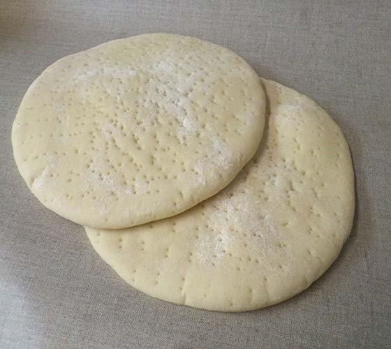 Hướng dẫn cách làm pizza chay cho người ăn kiêng