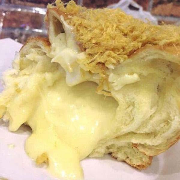 Cách làm bánh mì chà bông phô mai