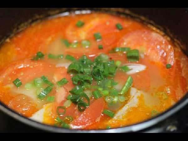 Cách nấu canh măng sườn chua