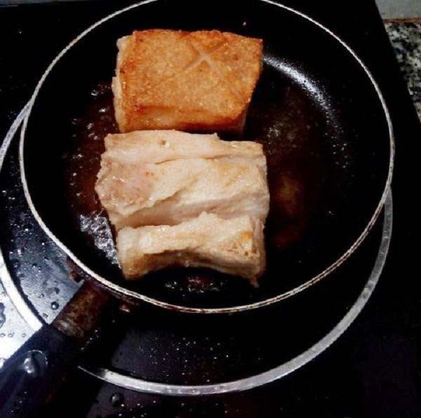 Cách làm thịt heo quay giòn bì