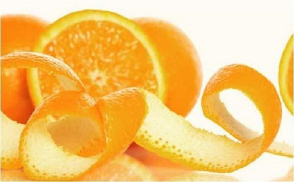 Khử mùi hôi trong tủ lạnh bằng vỏ cam, quýt
