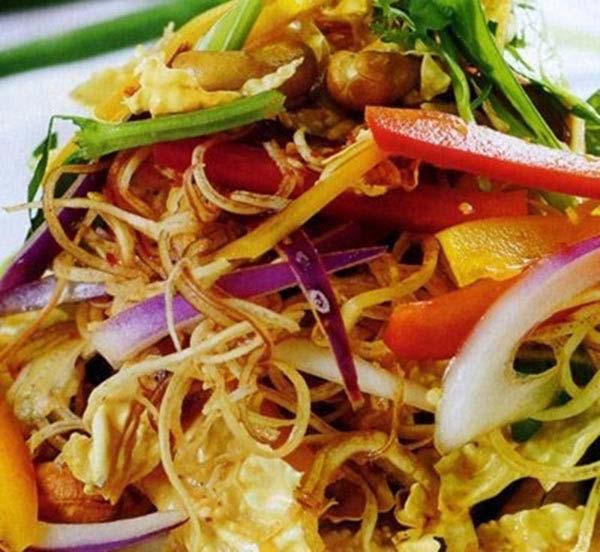 Món ăn chống ngán ngày tết: Nộm hoa chuối