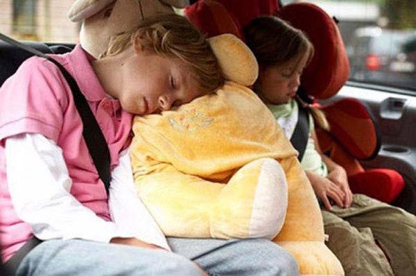 Chống say xe cho trẻ em vào dịp tết là điều các bậc phụ huynh cần quan tâm