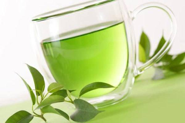 Trà xanh chứa axit giúp bạn giải rượu nhanh chóng