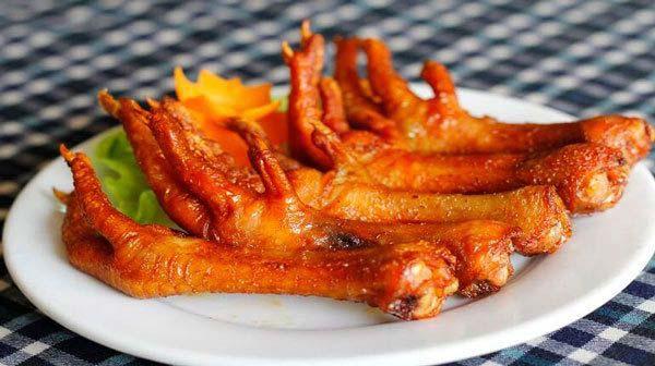 Cách chế biến để chân gà nướng có hương vị, ngon và giòn như ngoài hàng
