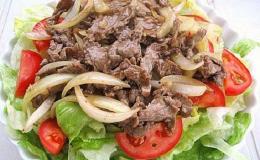 Thịt dê xào hành tây: Món ăn bổ dưỡng mang hương vị đậm đà