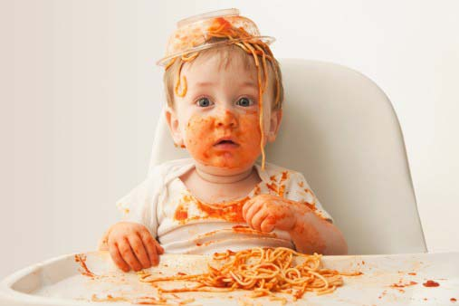 Có nên cho trẻ ăn bốc