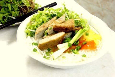 Cách nấu bún chả cá Nha Trang