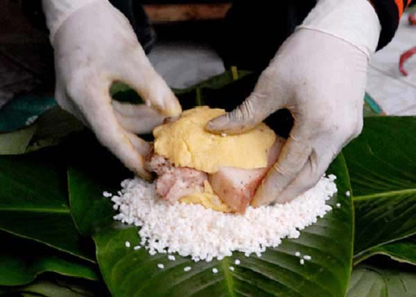 Cách đặt phần nhân bánh