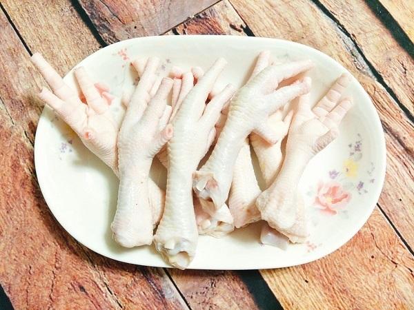 Cách chọn chân gà ngon không nhiễm độc