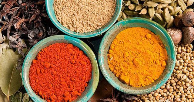 Những loại bột và thực phẩm khô sợ tủ lạnh