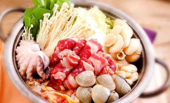 Cách làm lẩu thái hải sản chua cay