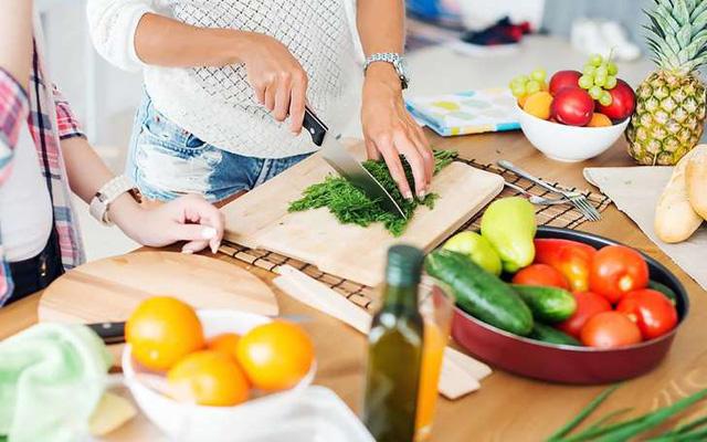 Những điều cần làm trước khi nấu ăn