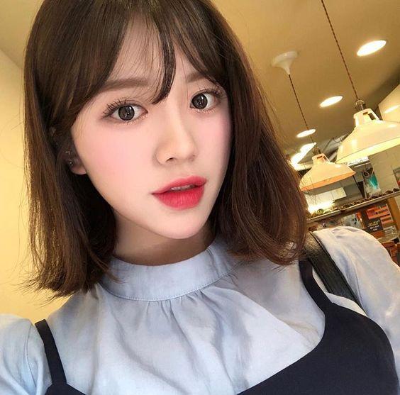Kiểu tóc ngắn hợp với khuôn mặt tròn béo