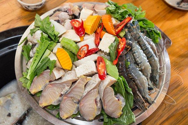 nguyên liệu chuẩn bị lẩu hải sản