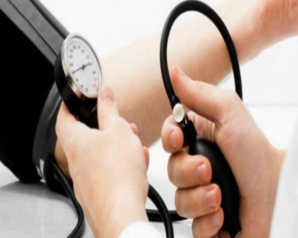 Người huyết áp thấp không nên ăn tỏi