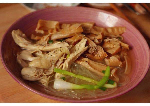 Cách nấu miến gà măng khô: Thành phẩm sau khi hoàn thành