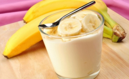 Cách làm sữa chua chuối cho bé cực ngon, cực nhanh
