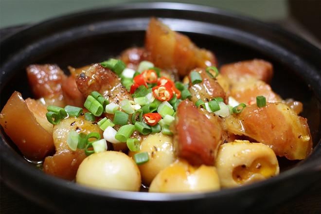 Cách nấu thịt kho hột vịt