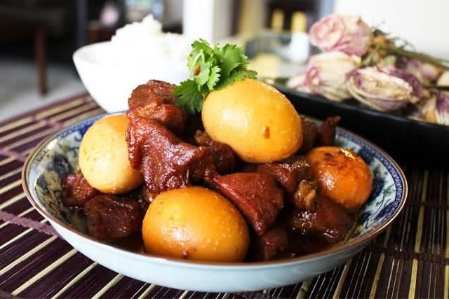 Cách làm thịt kho hột vịt