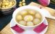 Cách nấu chè hạt sen tươi với đậu xanh thanh mát rất tốt cho sức khỏe
