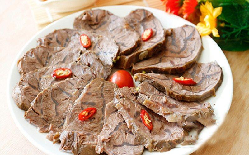 nấu bún bò tái đơn giản