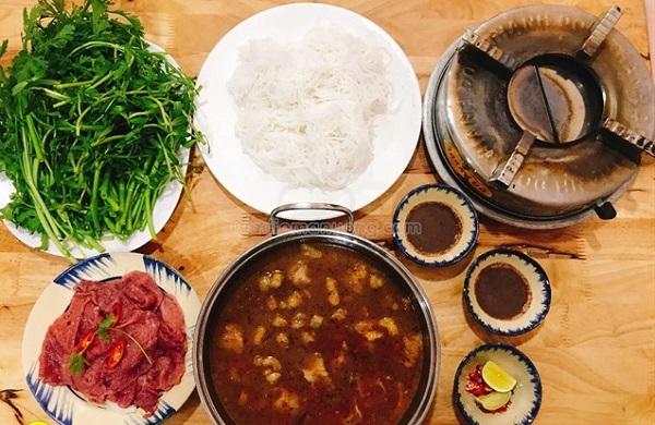 cách nấu lẩu mắm ruốc thịt bò