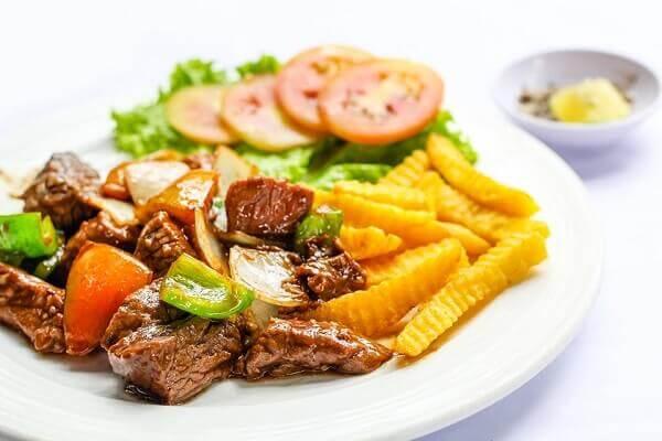 cách làm thịt bò xào khoai tây
